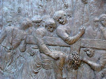 Via Crucis: Jesús cae por segunda vez