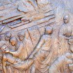 Via Crucis Medjugorje: Jesús es sepultado