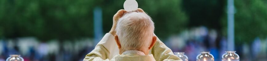 Novena por nuestros sacerdotes
